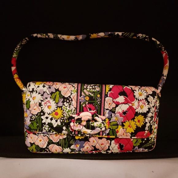 33c2e11bacf0 Vera Bradley Clutch purse poppy fields
